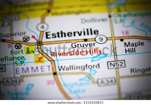 Riverside Hills. Iowa. USA on a map