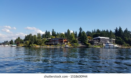 Riverside houses and landscape view of Lake Washington in September 2019.