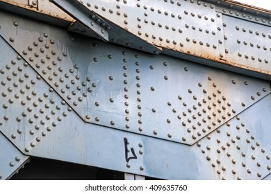 Riveted metal of the bridge