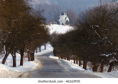 road, alley and tomb of Revay in winter