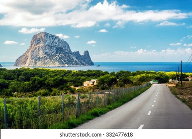 Road to the Cala d'Hort beach. Cala d'Hort is a small, beloved beach with a fantastic view of the mysterious island of Es Vedra. Ibiza, Balearic Islands. Spain