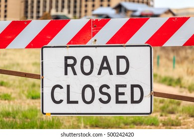 Road closed sign, USA