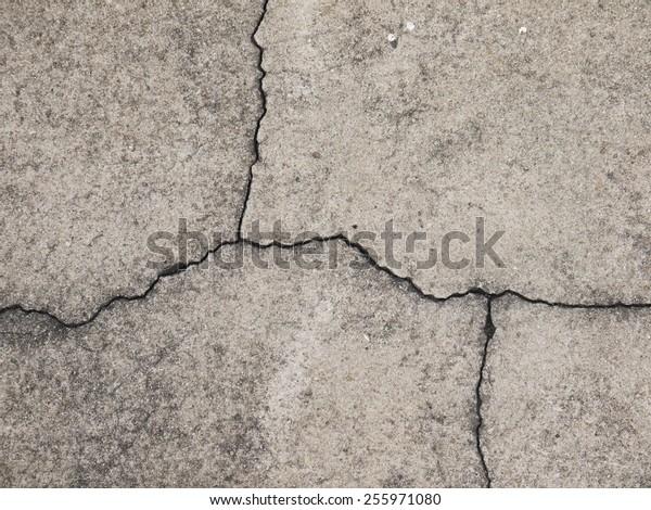 Road cracks A Unique Cracked Flooring