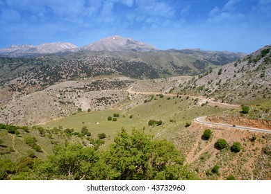road in crete mountains