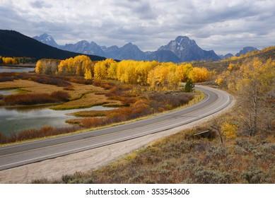 road curve at grand teton