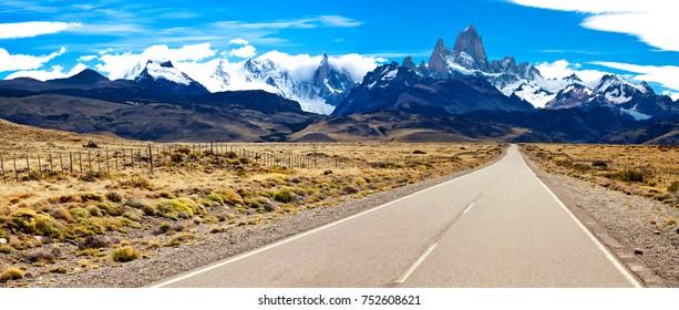 Road to El Chalten. Fitzroy and Cerro Torre. Andes. Argentina.