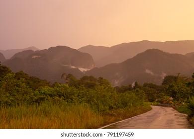 Road to gunung mulu national park Malaysia