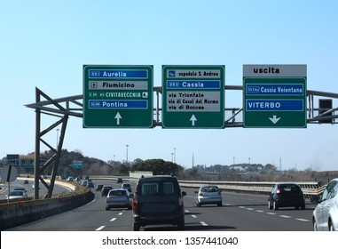 road junction in the italian highway called GRA and indications to ROME and other italian place