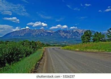 Road up Kebler Pass