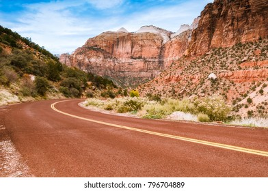 The road leading into Zion National Park