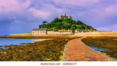 Road leading to St Michael's Mount by low tide, Cornwall, England, UK