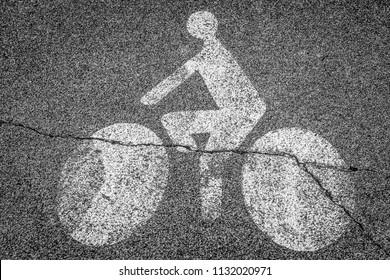 Road marking bicycle lane