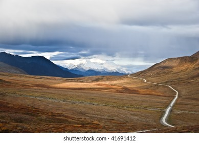 Road to Mt. McKinley in Alaska