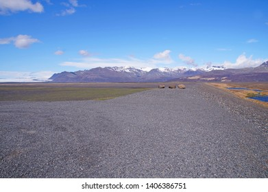 Road on the southern part of Iceland running towards Svinafellsjokull, a part of Skaftafell Nature Reserve and an outlet glacier of Vatnajokull, the largest ice cap in the whole of Europe.