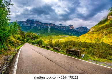 road to Ordesa valley and the mountain range above it, , Ordessa and Monte Pertdido National Park, Huesca Pyrenees, Aragon, Spain