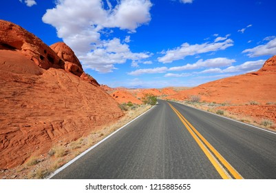 The road and red rocks in Valley of Fire State Park, Nevada