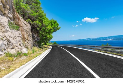 Road to the sea on a summer sunny day.