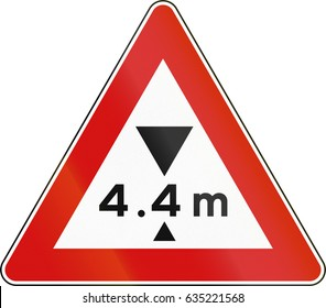 Road sign used in Italy - maximum height allowed.