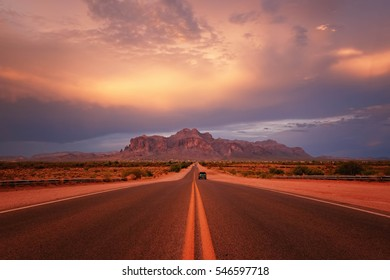 Road to Superstition Mountain