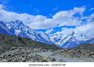 Road to Tasman glacier with Mountain Cook in the background, New Zealand.