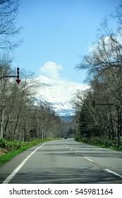 Road to Tokachidake