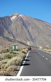 road to volcan in Canary Islands