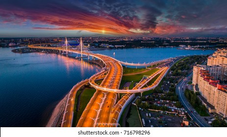 Road without cars. Highway. Road panorama. Urban highway and lifestyle concept. Saint Petersburg. russia
