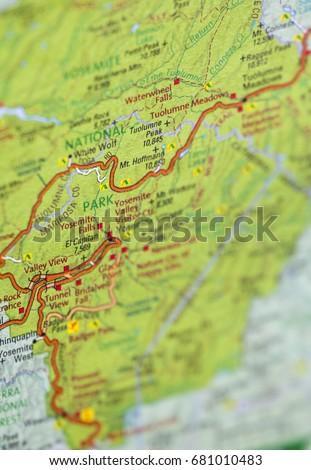 Roadmap Yosemite National Park Stock Photo (Edit Now) 681010483 ...