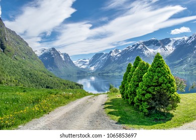Roads and garden . Photo taken on Flo in Oppstryn , in Norway .