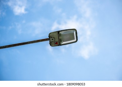 roadside lightpole seen from underneath