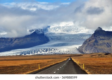 Roadtrip in Vatnajokull National Park, Iceland.