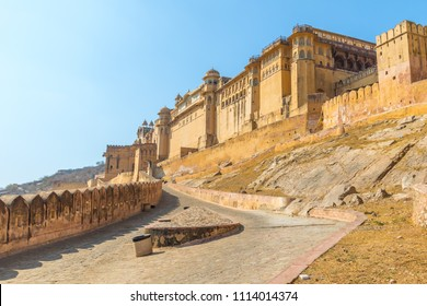 Roadway leading up to the Amber Fort near Jaipur in Rajasthan, India.