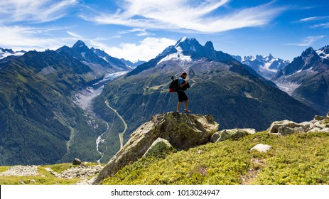 Roaming around the famous and gorgeous Tour du Mont Blanc for 10 days was a great experience. The views are phenomenal and the people you meet along the journey are just great.