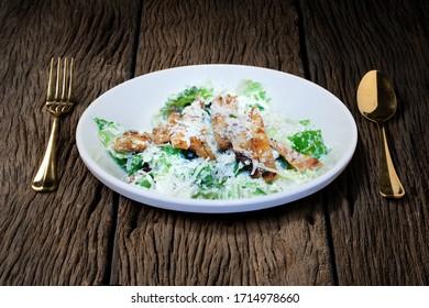 Roast chicken fillet and vegetables salad