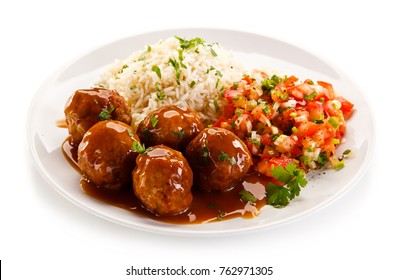 Roast meatballs, rice and vegetables