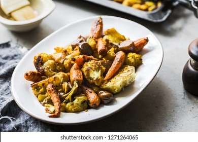 Roasted Cauliflower, Baby Carrot and Chestnut with Turmeric, Pepper and Garlic