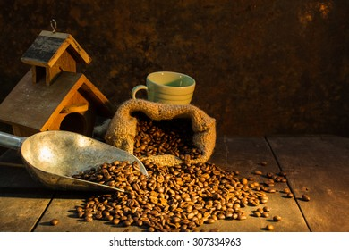 Roasted coffee beans and concepts