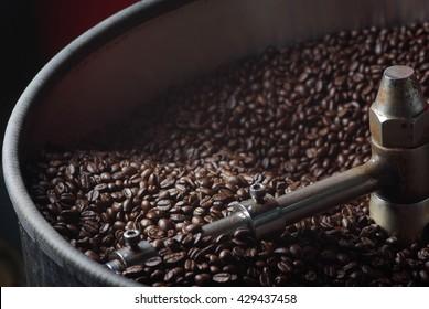 Roasted coffee in coffee roaster