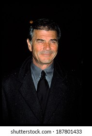 Robert Forster at NATIONAL BOARD OF REVIEW AWARDS, NY 1/7/2002