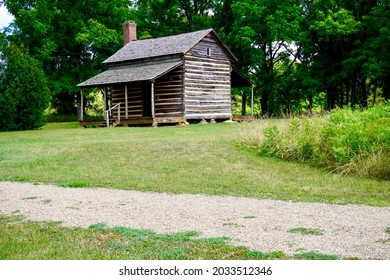 Robert Scruggs House at Cowpens National Battlefield in South Carolina. The log cabin was built about 50 years after the Battle of Cowpens. It stands as a typical backcountry homestead of the time.
