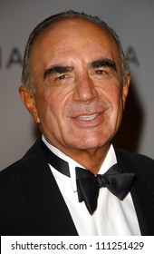 "Robert Shapiro at the ""Class Of Hope Prom 2007"" Charity Benefit hosted by Sharon Stone and Kelly Stone. Sportsmen's Lounge, Studio City, CA. 04-21-07"