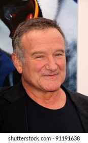 """Robin Williams at the """"Happy Feet Two"""" World Premiere, Chinese Theater, Hollywood, CA 11-13-11"""