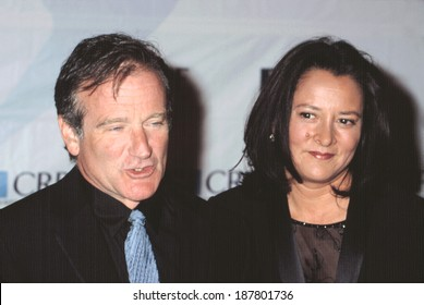 Robin Williams and wife Marcia at CHRISTOPHER REEVE PARALYSIS FOUNDATION GALA, NY 9/25/2002