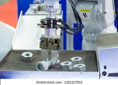 robot arm working