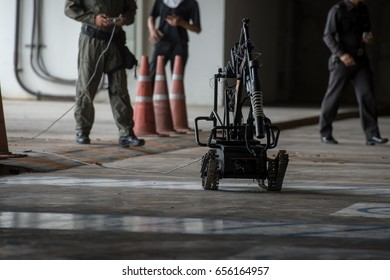 robot explosive disposal