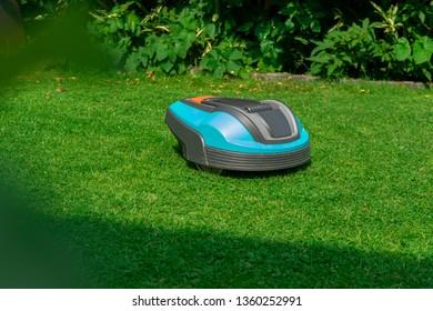 robotic lawnmower garden
