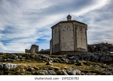 Rocca Calascio Castle, Abruzzo, Central Italy, Abruzzo National Park, High Castle