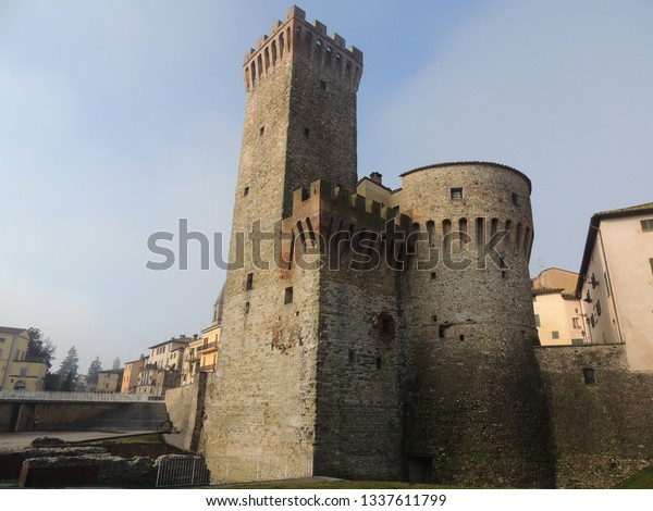 rocca-medieval-fortress-umbertide-one-60