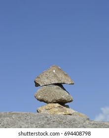 Rock balancing in Foia the highest mountain of Algarve