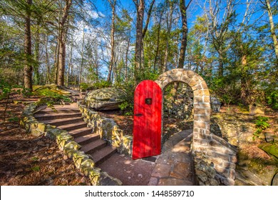 Rock City Gardens Trail in Chattanooga Tennessee TN.